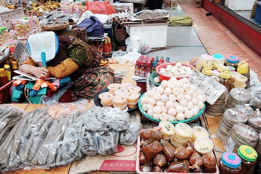 želví vejce na trhu v Kota Bharu, Malajsie