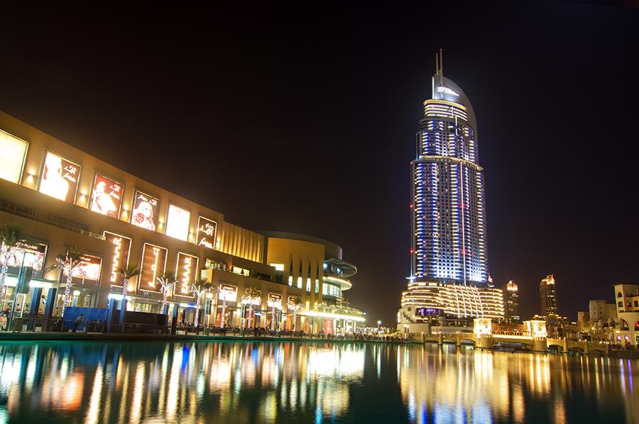Na to, že Dubaj stojí vprostřed pouště, je tu vcelku dost jezírek...