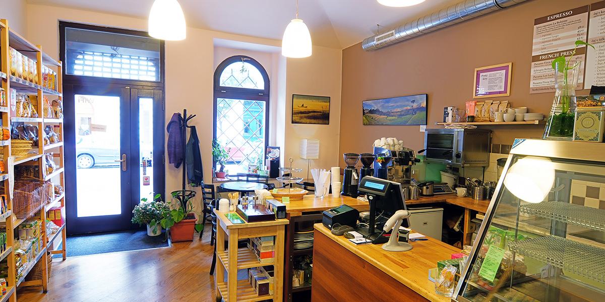 Kavárna Bio zahrada – interiér